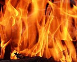 家が全焼した一家の体験談